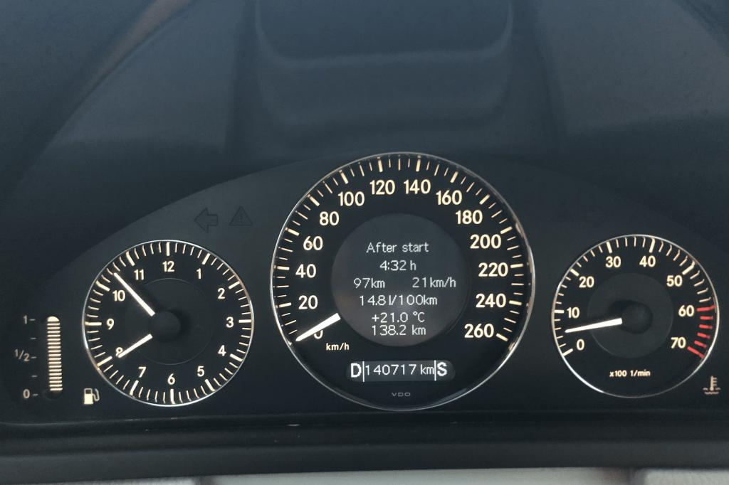 w209 clk 320 yakıt tüketimi